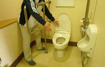 みんながラクに安心して使えるトイレにしたい(現状の問題点)