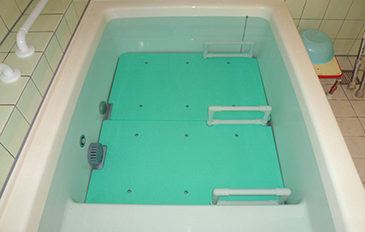 浴そうへのまたぎ動作、浴そう内での座位保持を安全に(問題解決のポイント)