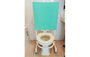 タンクレストイレでも安全な座位保持をしたい(問題解決のポイント)