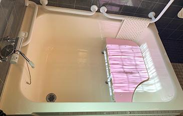 小柄な利用者が安心安全に入浴できるようにしたい(現状の問題点)